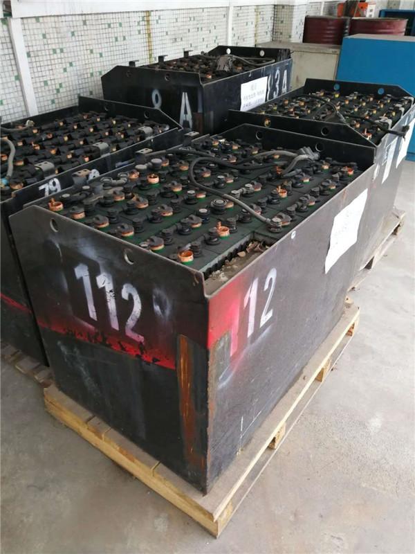 二手叉车电池回收